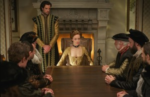 "Reign ""Strange Bedfellows"" (3x13) promotional picture"