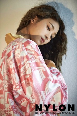 SISTAR's Bora for 'Nylon'