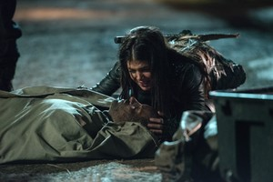 """The 100 """"Demons"""" (3x12) promotional picture"""