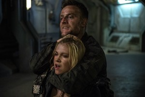 "The 100 ""Demons"" (3x12) promotional picture"