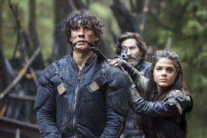 "The 100 ""Fallen"" (3x10) promotional picture"