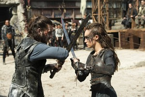 """The 100 """"Watch The Thrones"""" (3x04) promotional picture"""
