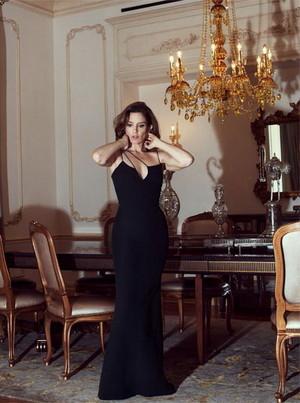 Tina Fey - The Bearbeiten Photoshoot - December 2015