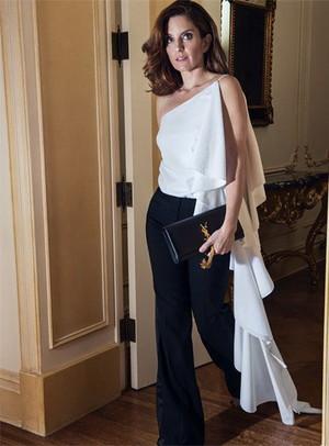 Tina Fey - The pas aan Photoshoot - December 2015