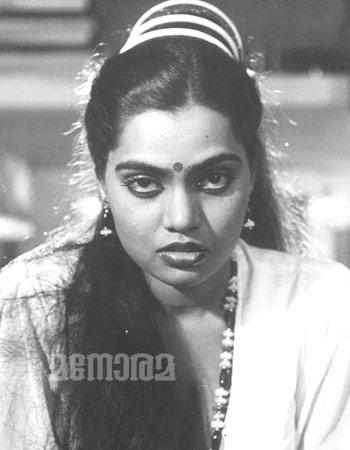 Beroemdheden Who Died Young Afbeeldingen Vijayalakshmi Silk Smitha