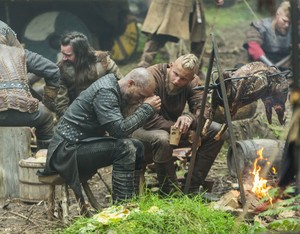 """Vikings """"Death All 'Round"""" (2x09) promotional picture"""