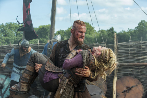 "Vikings (TV Series) karatasi la kupamba ukuta probably containing a green beret, vita mavazi, mavazi ya vita, and a horse wrangler titled Vikings ""The Last Ship"" (4x10) promotional picture"