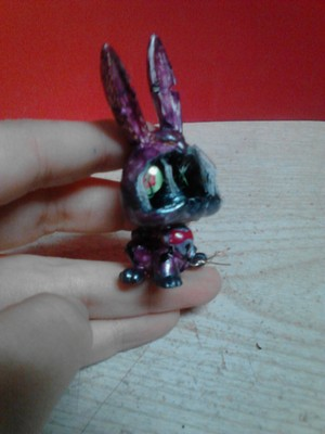 Withered Bonnie Custom LPS