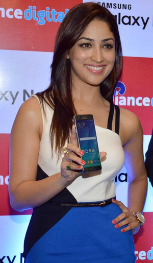Yami Gautam at Note 5 launch