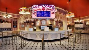 caseys corner 00