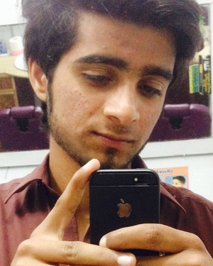 kashif balouch mirror emo selfi