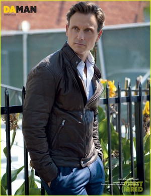 scandal tony goldwyn covers da man oct nov 2013 08