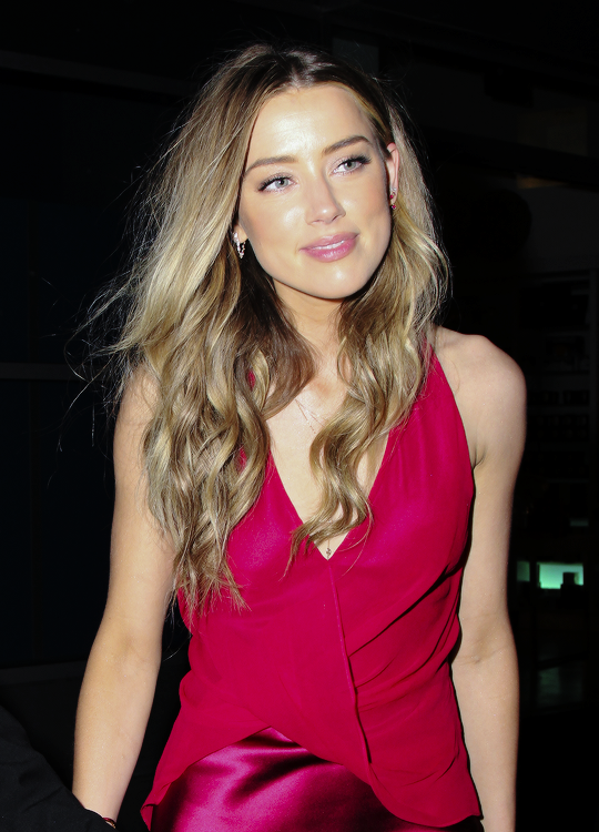 ♥ ♥ ♥ Gorgeous Amber ♥ ♥ ♥ - Amber Heard Photo (40284509