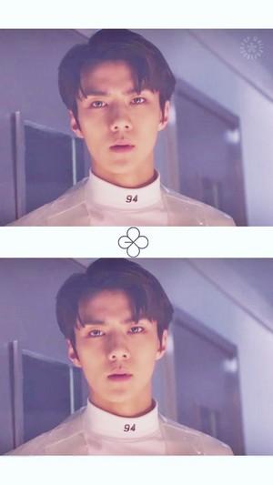 ♥ exo - Lucky One MV ♥