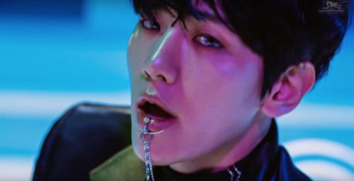 এক্সো দেওয়ালপত্র titled ♥ এক্সো - Monster MV ♥