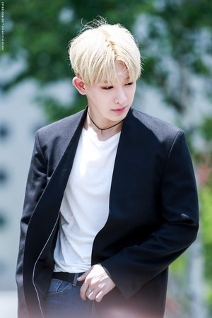 ♥ Handsome and sexy Wonho ♥