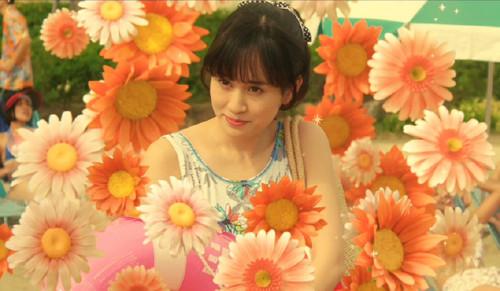 maeda atsuko 39692436 500 291 - 元/現役アイドルたちがエンタメ界を席巻する理由