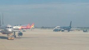 2 A320 aircrafts and an A321 aircraft at NIA