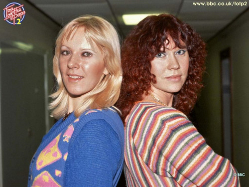 ABBA wallpaper called Agnetha and Frida Switched 1600x1200