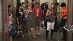 Aria Alison Hanna Spencer Emily Lucas and Mona