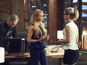 Arrow 4x22 stills.