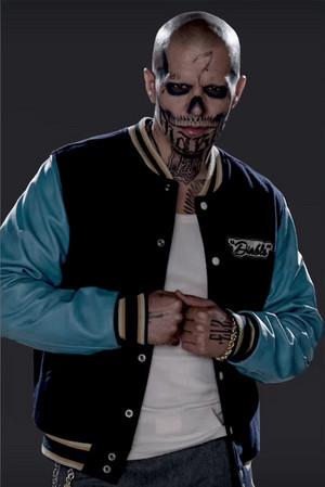 Character Promos - chim giẻ cùi, jay Hernandez as El Diablo