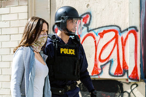 """Containment """"A Kingdom Divided Against Itself"""" (1x09) promotional picture"""