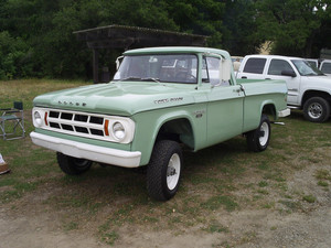 Dodge D100 PowerWagon