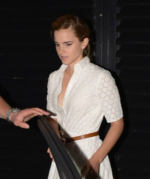 Emma Watson leaving the Chiltern Firehouse (June 9) in ロンドン