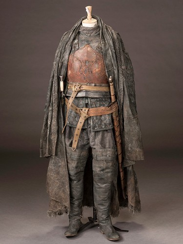 laro ng trono wolpeyper titled Euron Greyjoy - Costume Details