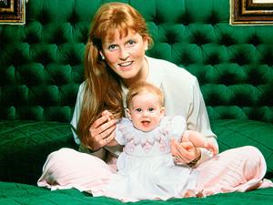 फ़र्गी and Princess Beatrice