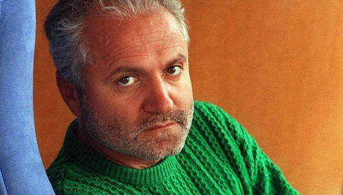 beroemdheden who died young achtergrond titled Gianni Versace (1946 – 1997)