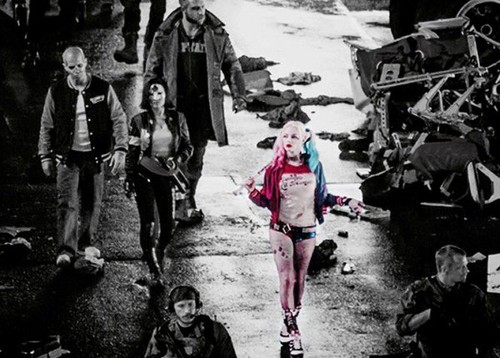 Harley Quinn wallpaper possibly containing a ski resort and an alpinista entitled Harley in Suicide Squad