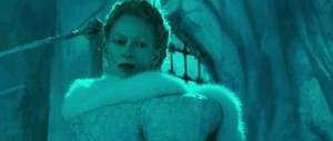 Jadis finds out that Aslan is back