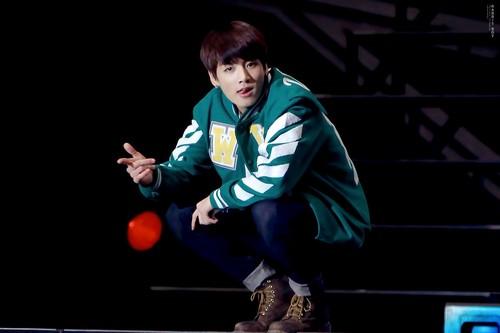 Jungkook (BTS) achtergrond called Jeon Jungkook | HQ foto ♥