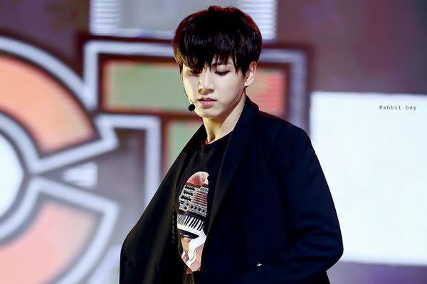 Jeon Jungkook | HQ Photo ?