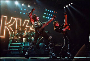 KISS ~Houston, Texas…March 10, 1983 (Creatures Of The Night tour)