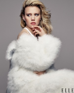 Kate McKinnon - Elle Magazine Cover - July 2016