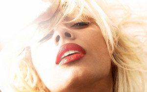 Keri Hilson close up hotness