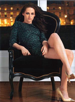 Kristen Stewart Sexy in Hola magazine
