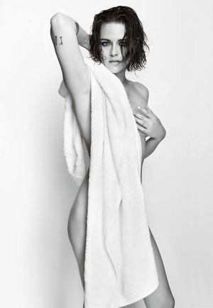 Kristen by Mario Testino.