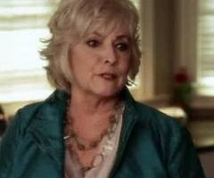 Regina Tom s Mother Who Wants Him Back With Ashley and Hanna