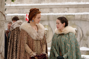 "Reign ""Clans"" (3x16) promotional picture"