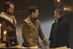 """Reign """"Intruders"""" (3x17) promotional picture"""