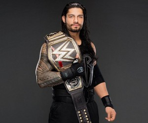Roman Reigns wallpaper 10817587
