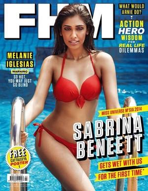 Sabrina Beneett 001