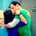 Shamy Kiss - the-big-bang-theory icon