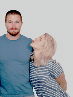 Stephen Amell And Emily Bett Rickards (COH2)