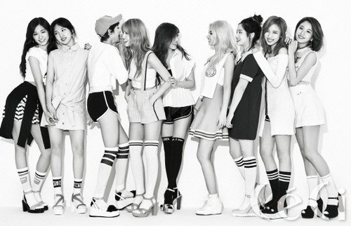 Twice (JYP Ent) wolpeyper titled TWICE for '' CeCi''