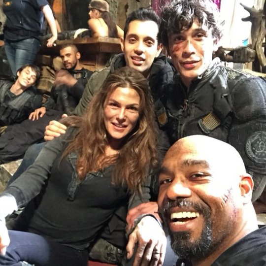 The 100 tv show images the 100 cast wallpaper and background photos